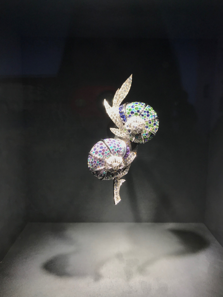 Animal Brooch displayed in Noah's Ark - Van Cleef & Arpels High Jewelry Collection presentation designed by Robert Wilson